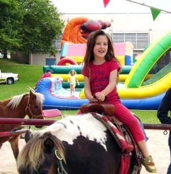 LAC-CAP-Kids-COMP-WEB-2-Fair-Girl-Horse