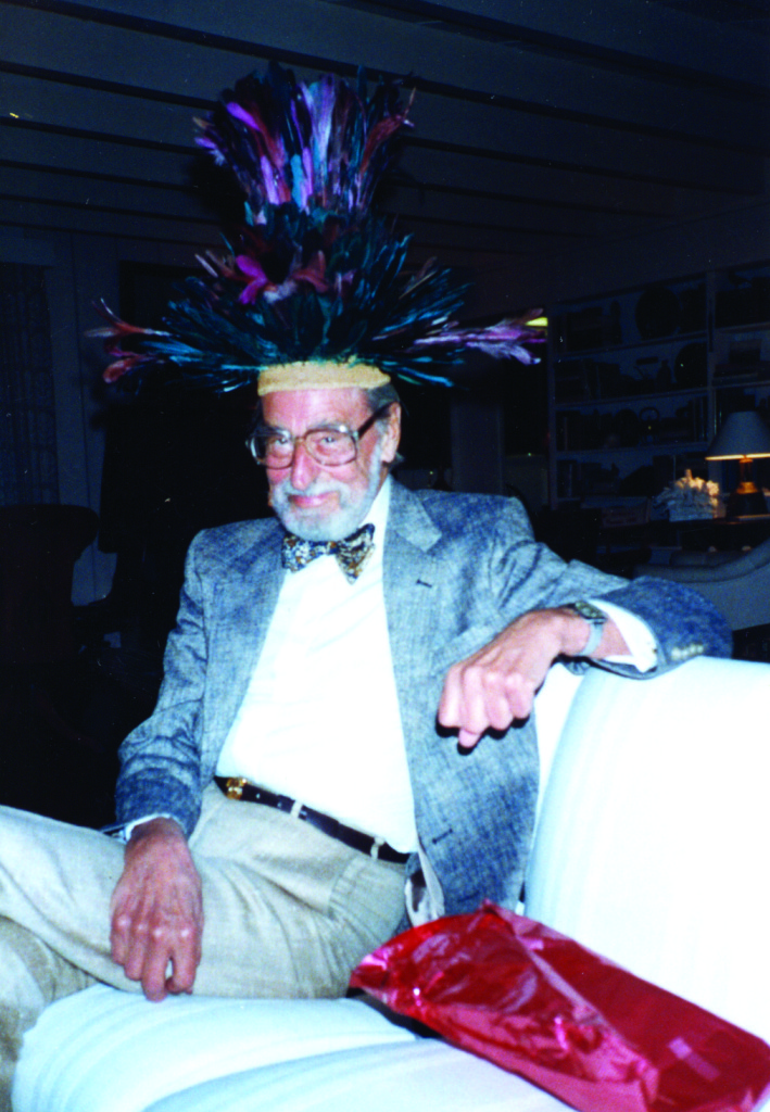 TED GEISEL IN HAT - HIGH RES