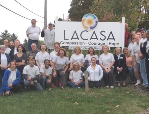 LACASA Key Plastics Volunteers.Group Photo 10.6.2015 (3)