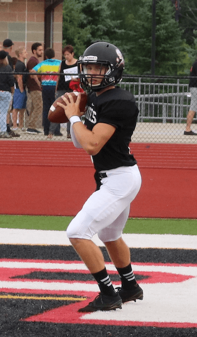 Pinckney quarterback Jack Wurzer was held to 76 yards passing by the Franklin defense on Friday night. (Photo by Tim Robinson)