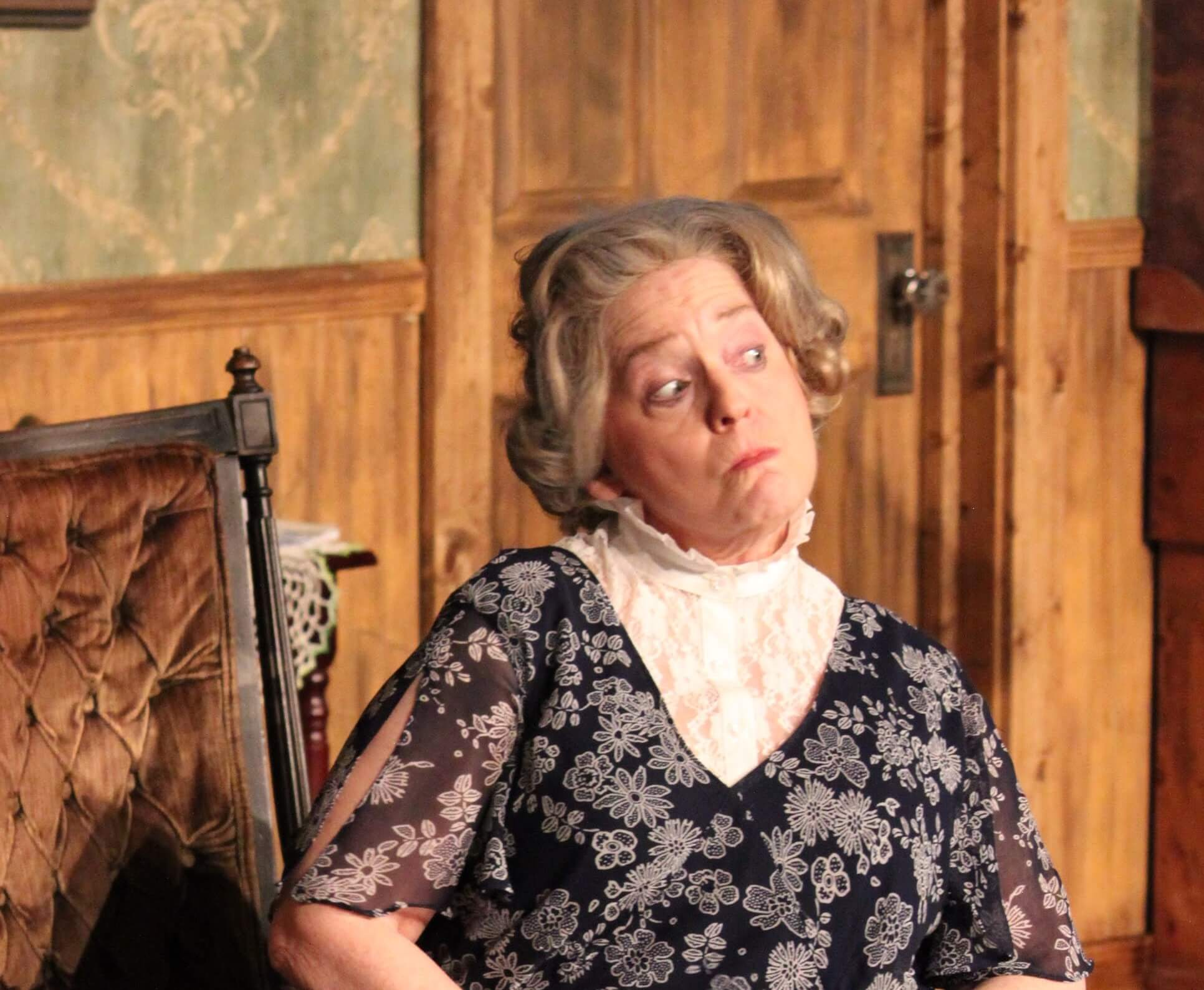 GAYLE GRIER AS AUNT ABBY